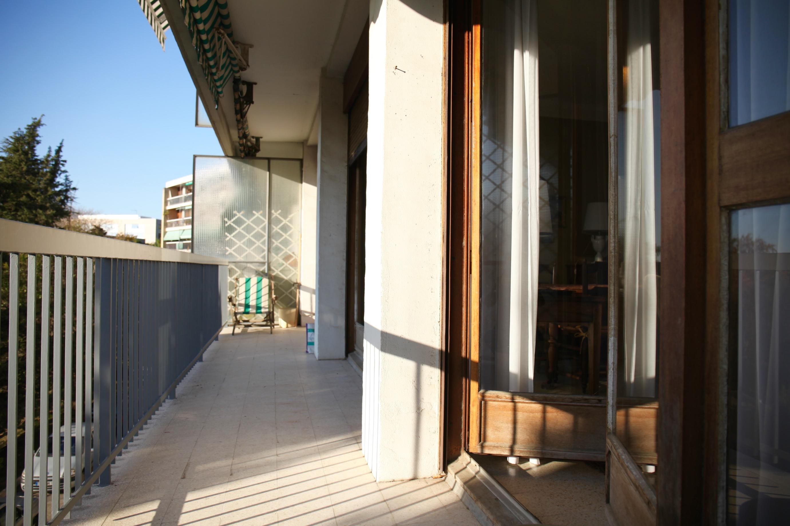12ème- T4 avec balcon & garage- 190 000 €