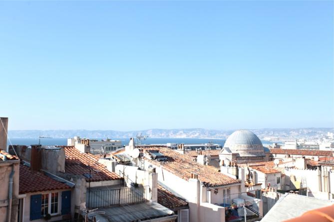 Vendu-  Panier- Maison d'architecte - terrasse avec vue mer - 399 000 €