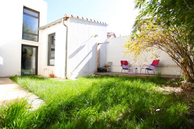 Vendu  - 12ème-Montolivet - Maison avec terrasse et jardin - 445 000 €