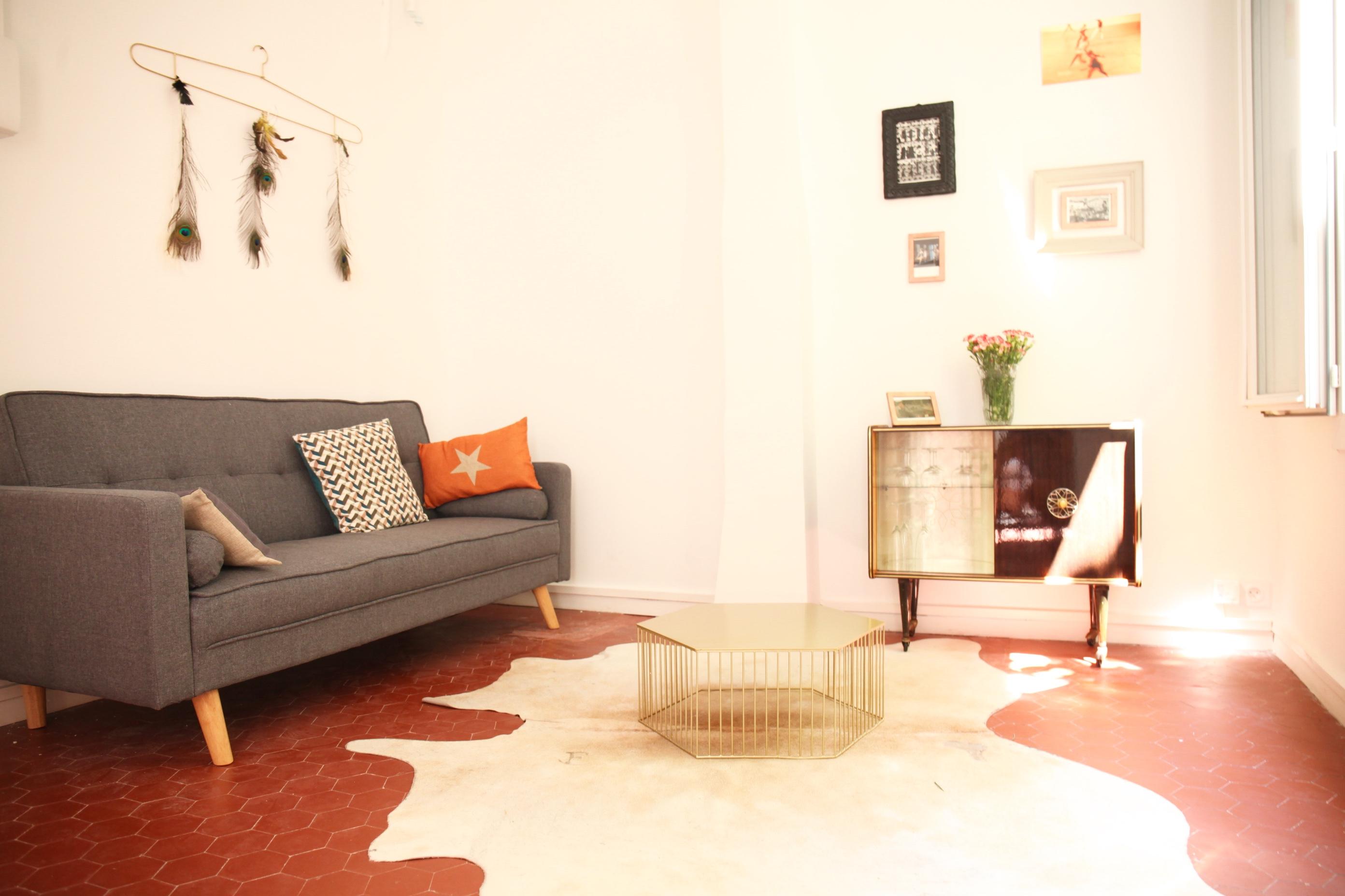 Vendu - St Victor - T2 style loft- 142 000 €