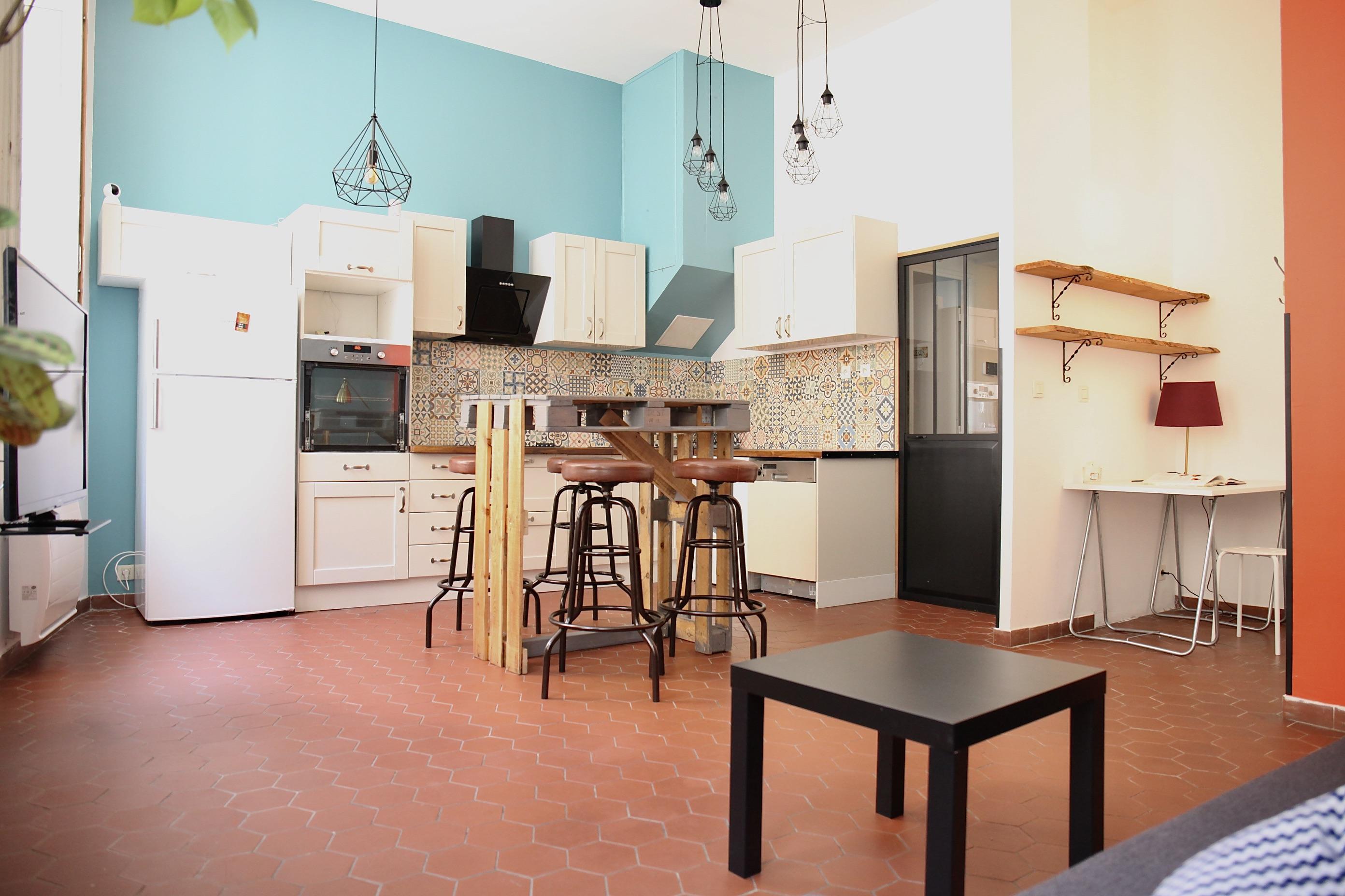 2ème- Panier - T3 de charme rénové en duplex - possibilité T2 + studio - 240 000 €