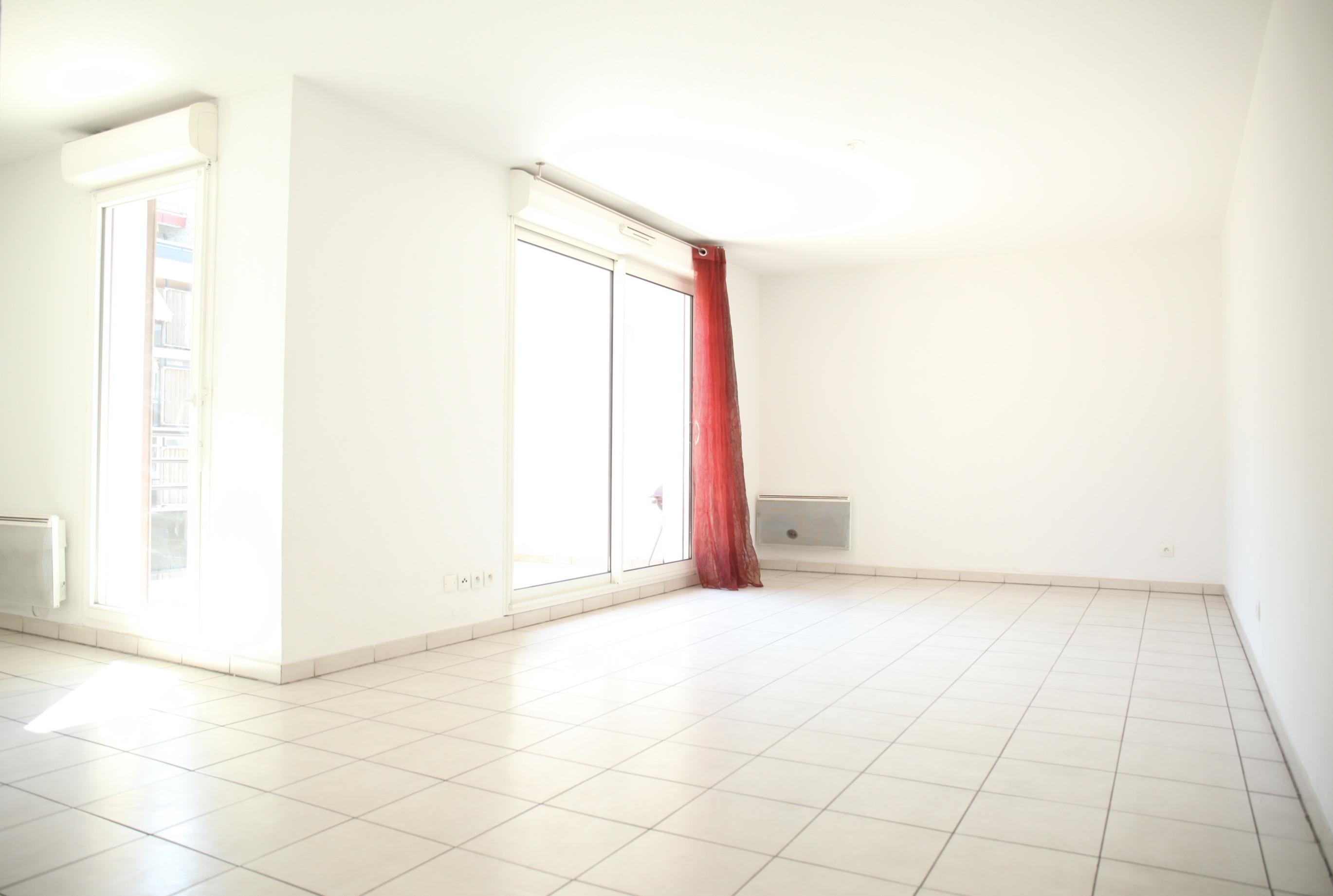 2e- Joliette-  Appartement duplex T3 avec 2 terrasses - 250 000 €