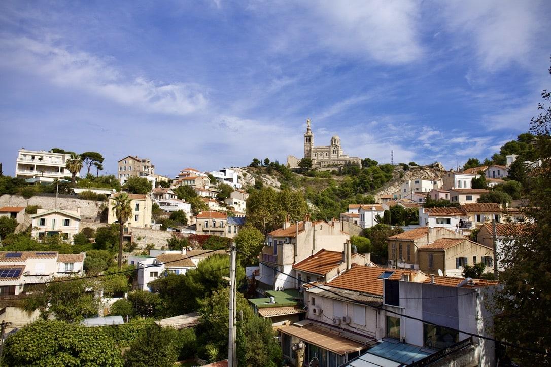 7e- Roucas Blanc - Charmant T3/4- balcon - vue dégagée-  495 000€
