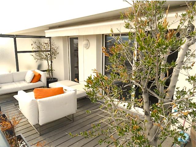 VENDU - 8ème - T4  avec terrasse - Garage- 517 000 €